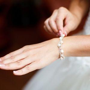 Beautiful 7.5 inch Cultured Freshwater Bracelet